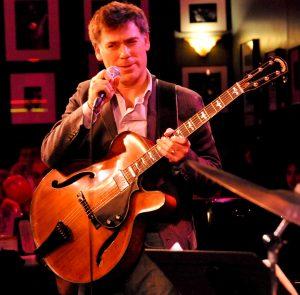 Peter_Bernstein_performing_(2008)